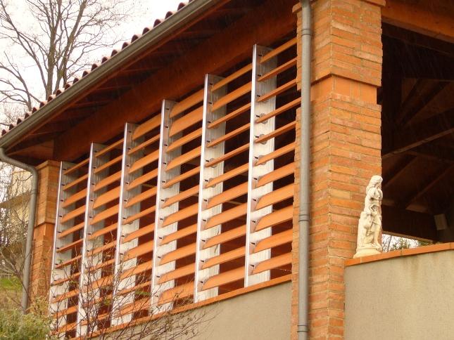 Фасад отделать при помощи керамических материалов